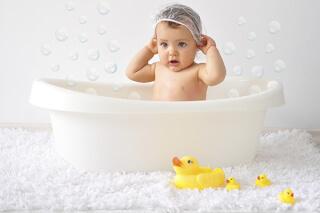 Дети и родители — кому нужнее детская ванночка?
