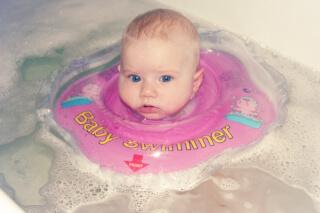 Подготовка малыша к купанию